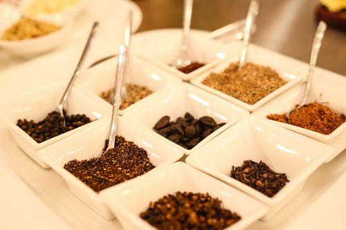 phụ gia thực phẩm theo luật an toàn thực phẩm được hiểu là gì