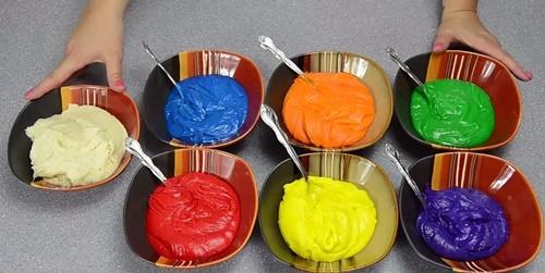 màu thực phẩm làm bánh
