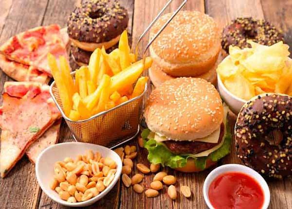 Mối liên hệ giữa thực phẩm siêu chế biến và bệnh ung thư