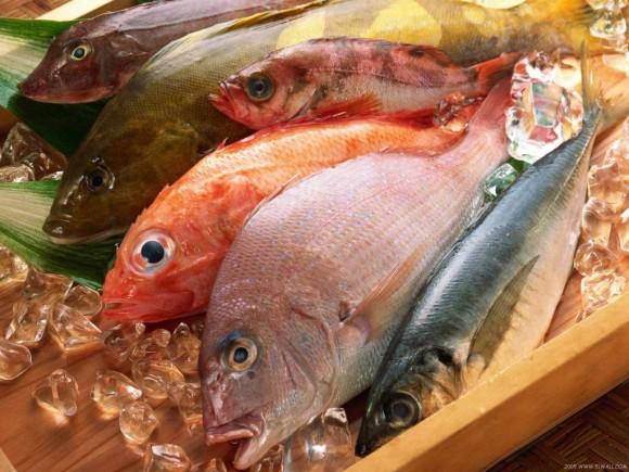 """Cách bảo quản thịt, cá trong tủ lạnh để không """"hại"""" cả nhà"""