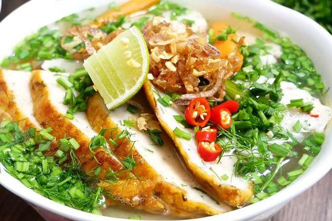 Hướng dẫn làm bánh canh chả cá đậm đà vị quê hương miền Trung