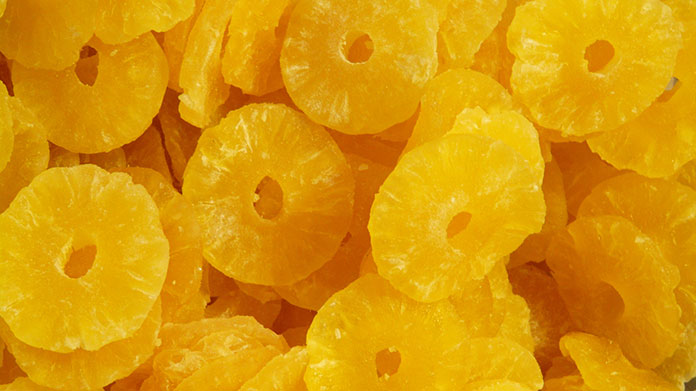Dứa sấy dẻo, một sản phẩm gia tăng giá trị của nguyên liệu