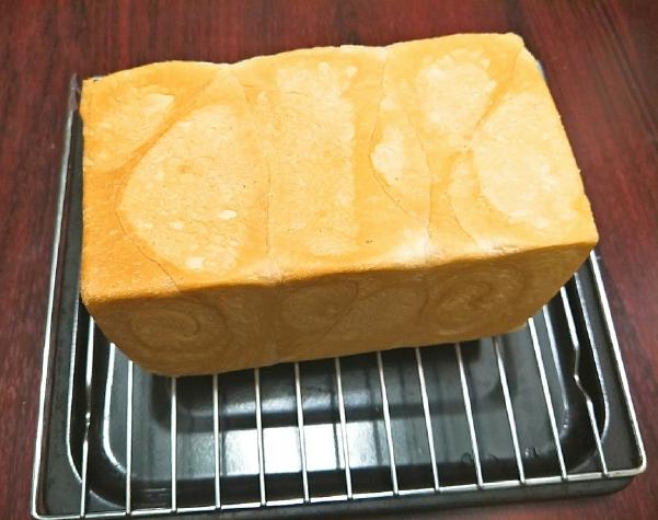 Cách làm bánh mì sandwich ngon mềm mịn kẹp với gì cũng hấp dẫn - 5