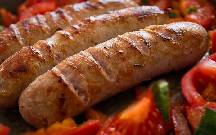 Tìm hiểu về Xúc xích và các loại phụ gia thường dùng trong xúc xích