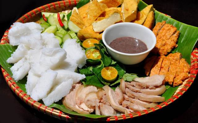 Quán Bún Đậu Mẹt, Chả Cốm, Xúc Xích ở Quận Cầu Giấy, Hà Nội | Foody.vn