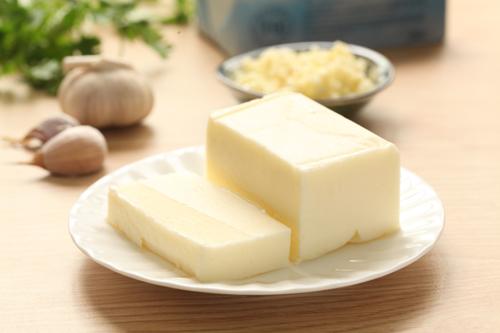 TH ra mắt sản phẩm bơ và phomat từ sữa tươi sạch nguyên chất - VnExpress Kinh doanh