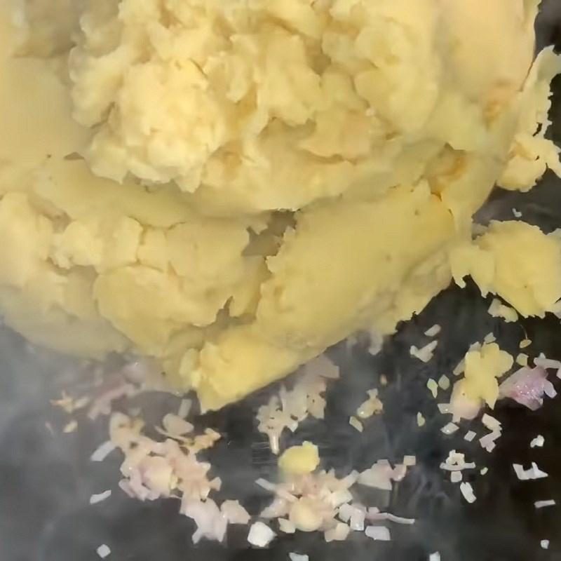 Bước 2 Sên nhân Bánh ít nhân đậu xanh