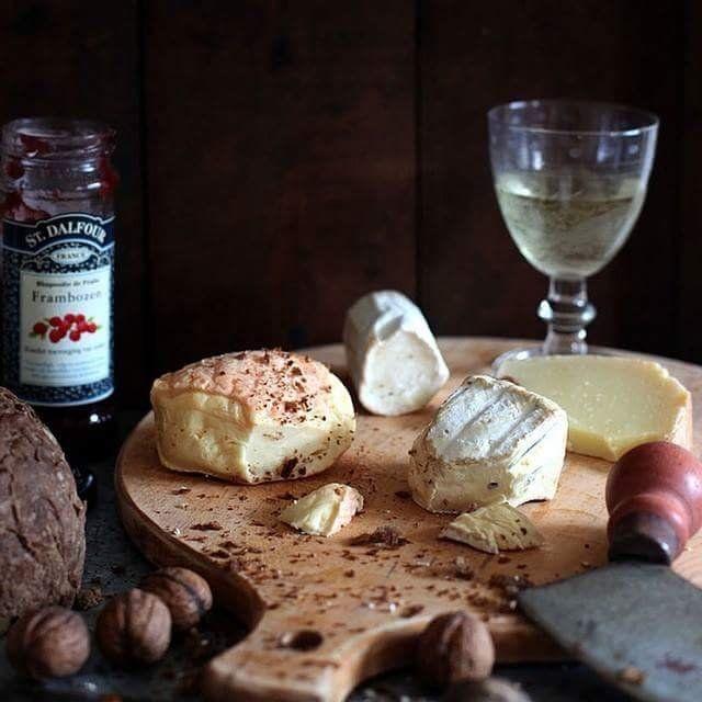 PHÔ MAI - CHESSE - SALAMI - XÚC XÍCH - Kingmeat.vn - Chuyên thực phẩm Xúc  xích Jambon Hambuger Pate | Phô mai, Xúc xích, Phở