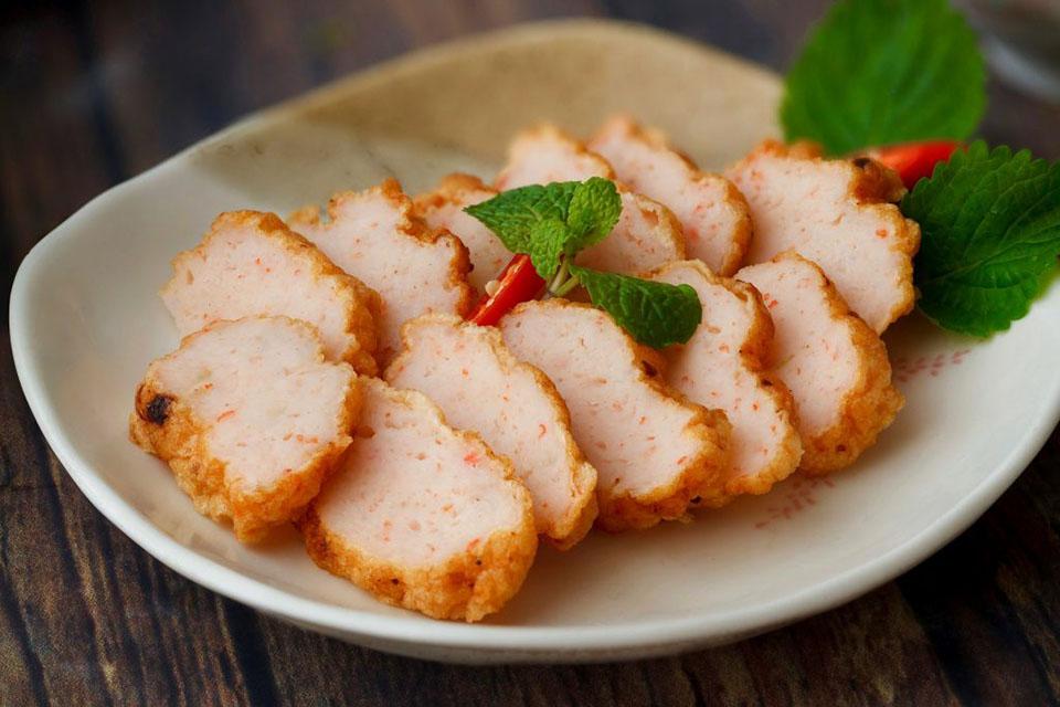 Gia tăng hương vị cho món chả tôm giòn dai bằng bột tôm - Hương liệu thực  phẩm tự nhiên đạt FSSC, HALAL - VNAROMA
