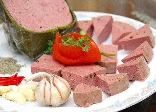 Phố nem chả tré- hương vị xưa lưu giữ qua nhiều thế hệ - khamphahue.com.vn