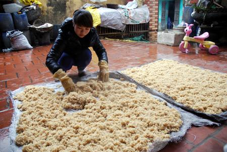Hướng dẫn cách dùng gạo nếp nấu rượu thơm ngon tới giọt cuối cùng