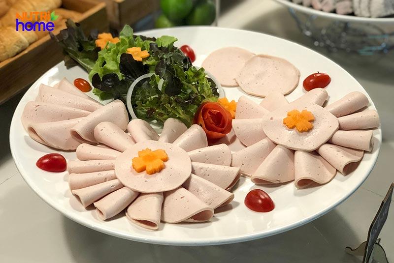 15 món ngon ngày Tết cổ truyền 3 miền Việt Nam đơn giản, dễ làm